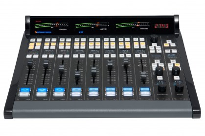 L-8_Radio_Console_front_view-25601